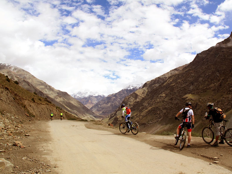 Cycling-Tour-Manali-Leh-4