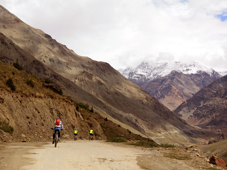 Cycling-Tour-Manali-Leh-5