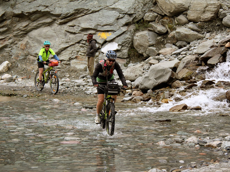 Cycling-Tour-Manali-Leh-7