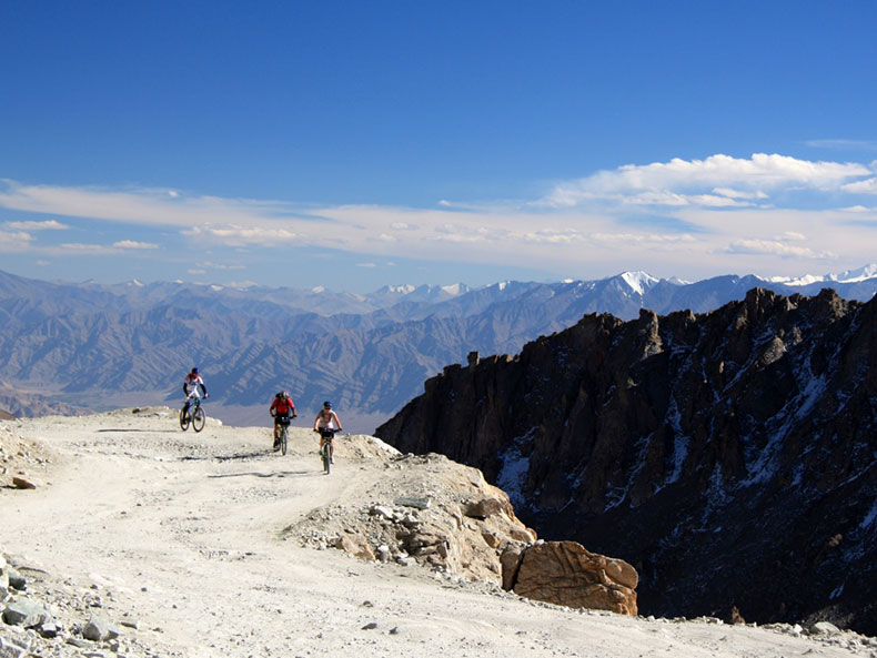 Cycling-Tour-Manali-Leh-9
